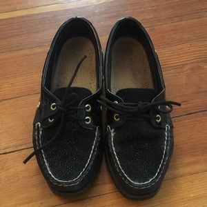 Women's boat shoes